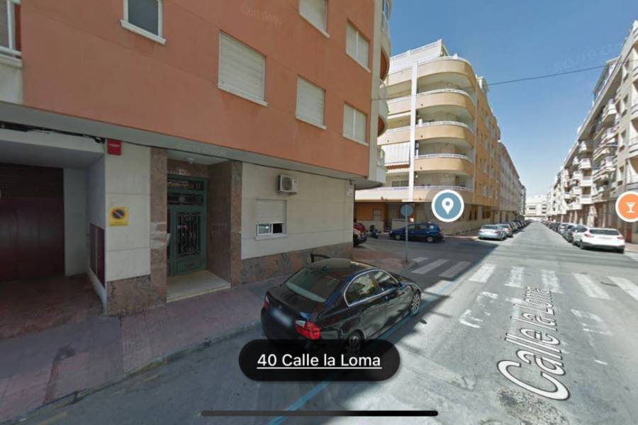 Sale - Parking - Centro - Torrevieja