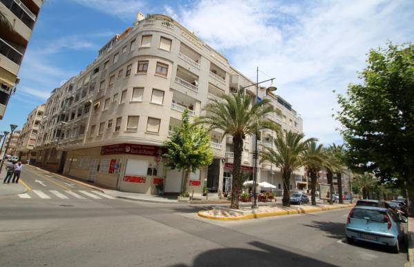 Apartment - Sale - Habaneras - Torrevieja