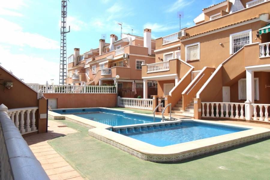 Sale - Ground floor - Mar azul - Torrevieja
