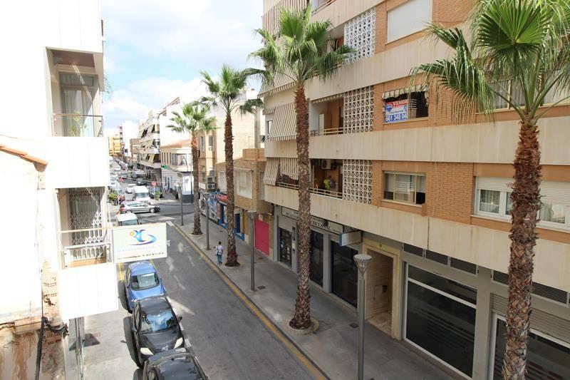 Apartamento en el centro de torrevieja - Venta de apartamentos en torrevieja baratos ...